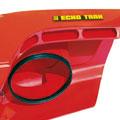 Die doppelwandige Motorhaube sorgt für leise Motorengeräusche beim ECHOTRAK Rasentraktor.