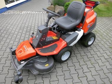 Husqvarna Rider R 418 Ts AWD, incl. 103 cm Mähdeck, NEU