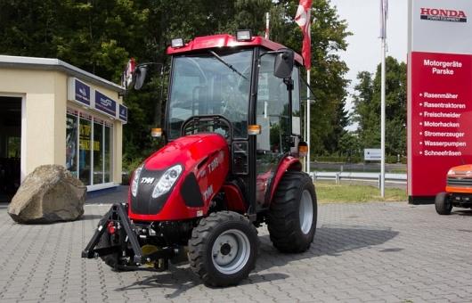 Tym Traktor T273 / T293 Hydrostat mit Kabine, Fronthydraulik, Frontzapfwelle