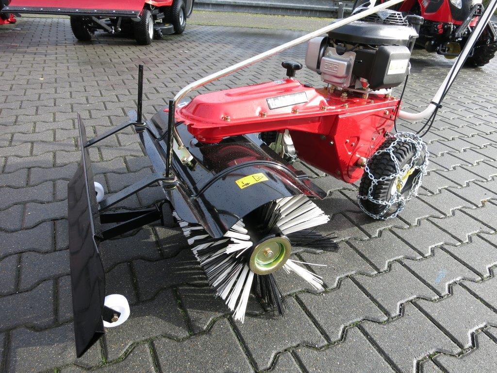 tielb rger kehrmaschine tk17 mit honda motor und. Black Bedroom Furniture Sets. Home Design Ideas