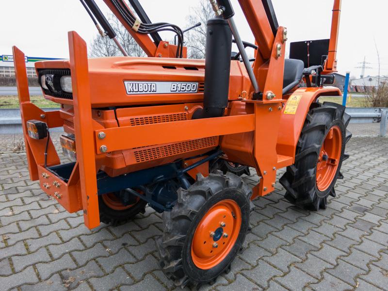 kubota traktor gebraucht mit frontlader b 1500 kommunaltraktoren kleintraktoren. Black Bedroom Furniture Sets. Home Design Ideas