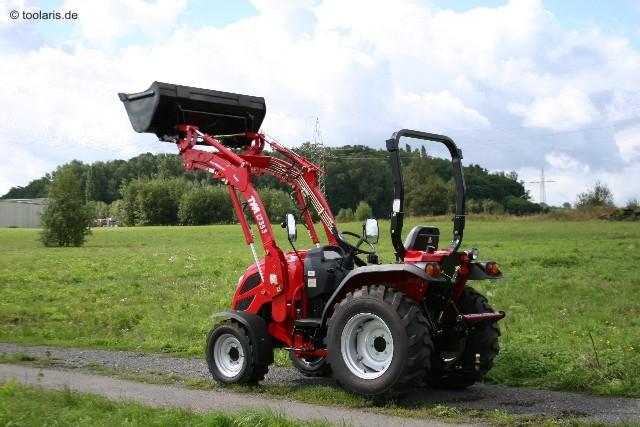 tym traktor t353 schaltgetriebe mit zubeh r. Black Bedroom Furniture Sets. Home Design Ideas